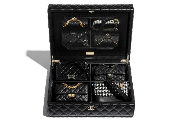 Chanel Phát Hành Rương Túi Trị Giá Hơn 700 Triệu Đồng